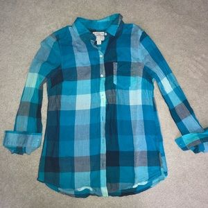 Plaid lightweight button up. Perfect for summer!